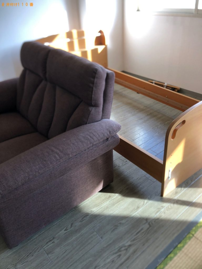 【武蔵村山市】遺品整理でエアコン、ソファー、ベッド等の回収・処分ご依頼