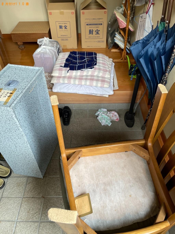 【秋田市】こたつ、鏡台、椅子、座布団、衣類収納ケース等の回収