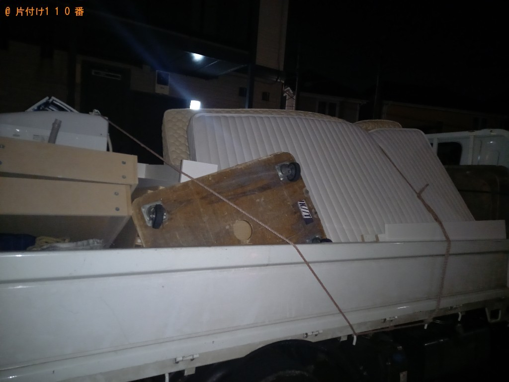 【秋田市】マットレス付きセミダブルベッドの回収・処分ご依頼